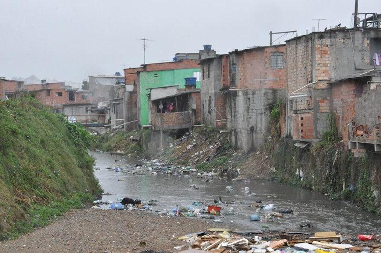 Desigualdade social é um tema sempre presente no Enem. O Brasil é segundo país mais desigual do mundo.
