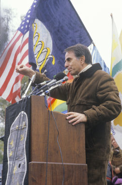 Carl Sagan foi um dos maiores responsáveis pela divulgação científica no século XX *