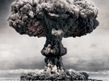 O funcionamento da bomba atômica é baseado na fissão nuclear