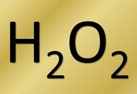 O peróxido de hidrogênio é formado em qualquer reação com peróxidos
