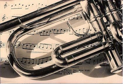 Instrumento musical feito com liga metálica