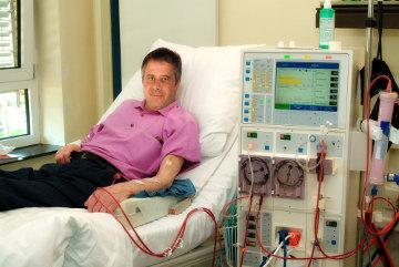A hemodiálise consiste na filtragem artificial do sangue