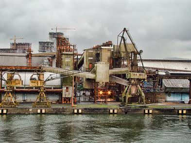Imagem do porto marítimo de Santos, São Paulo