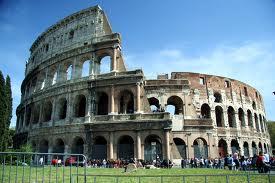 Coliseu de Roma: cenário de batalhas entre gladiadores.
