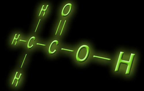 Duas moléculas de ácido acético desidratadas podem originar o chamado anidrido acético