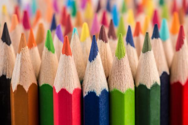 Lápis de cores variadas