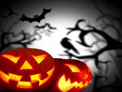 Principal símbolo do Halloween, a abóbora funcionando como lanterna serve para representar Jack O'Lanterns