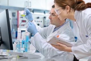 O cálculo do rendimento de reações feito em laboratório é muito importante para ver se é viável implantar determinados processos nas indústrias