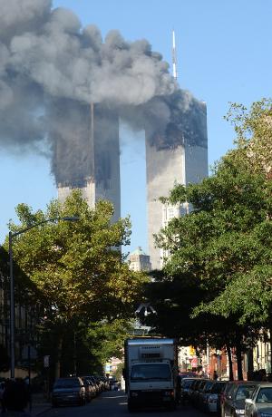 Ataque às torres gêmeas do World Trade Center, em Nova York.*