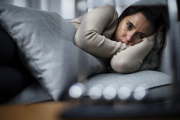 O indivíduo com depressão tende ao isolamento.