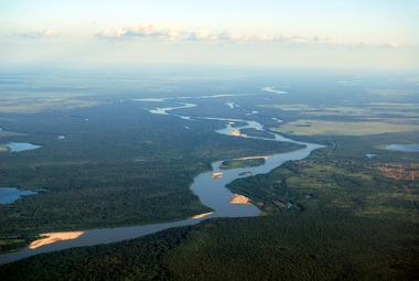 Visão aérea da planície do Rio Araguaia