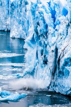 O derretimento das geleiras ocasionará o aumento do nível do mar e o alagamento das áreas litorâneas