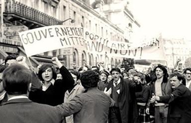 O protesto dos estudantes tomou as ruas de Paris em 1968.