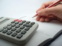 Os gastos universitários devem ser colocados na ponta do lápis