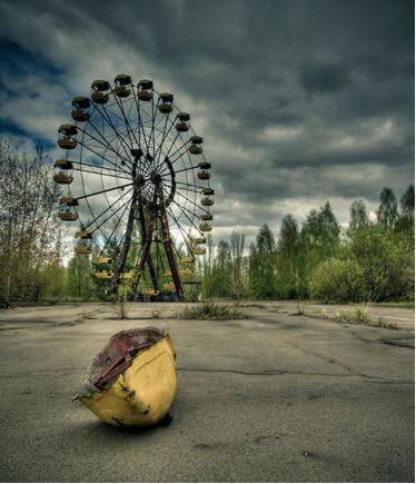 A região ao redor da usina onde ocorreu o acidente de Chernobyl continuará contaminada pela radiação por muitas décadas
