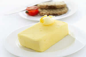 Manteiga: derivada de ésteres.