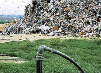 Extração de biogás produzido em aterro sanitário