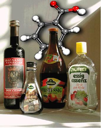 O ácido benzenocarboxílico (nome IUPAC), conhecido também por ácido benzoico, é usado como conservante em bebidas e alimentos