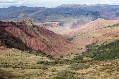 As estruturas geológicas representam as diferentes composições da litosfera terrestre