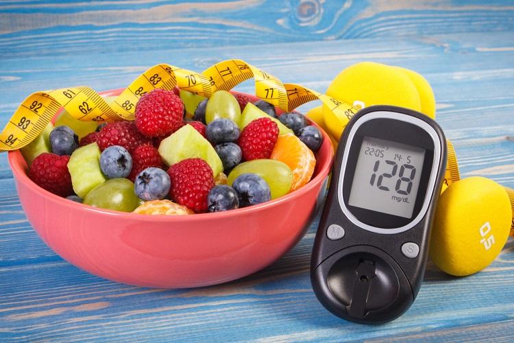 Uma alimentação saudável garante níveis de glicose adequados no sangue.